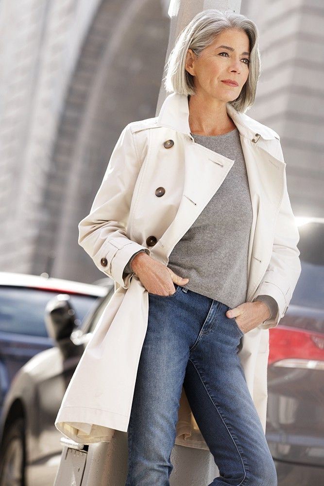 Fashion tips for women over 40
