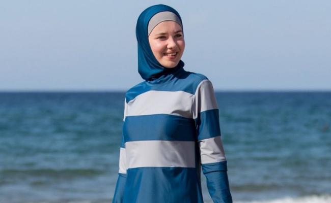 Burkini swimwear for women