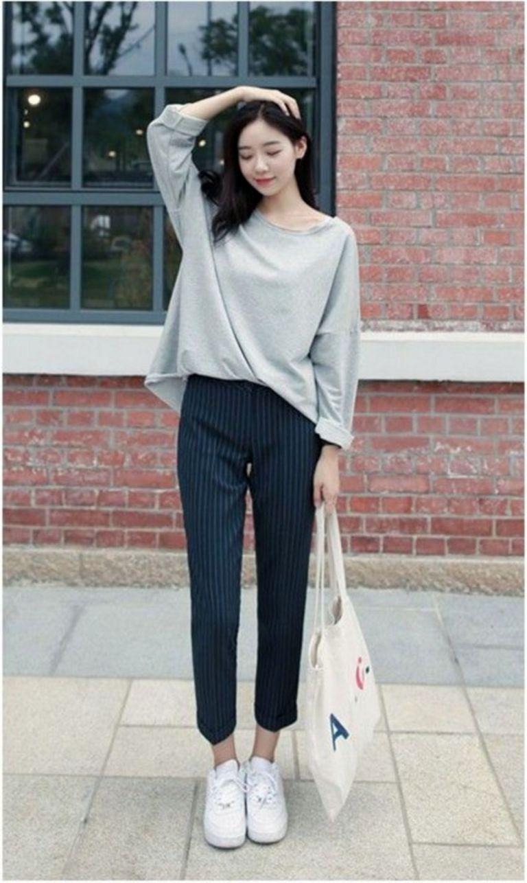 Oversized-Tops-Korean Street fashion