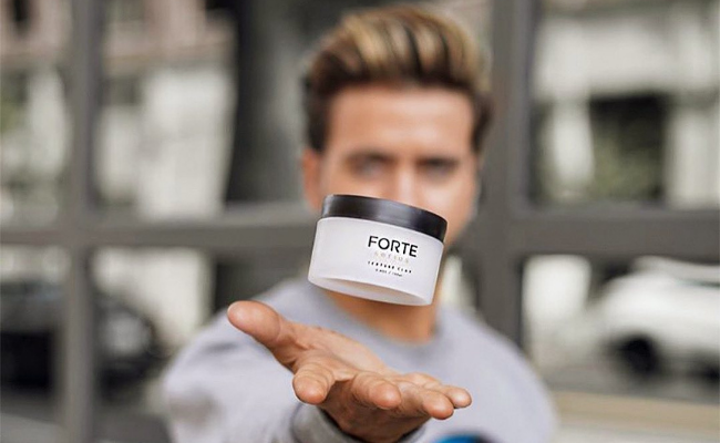 Pomade-Professional-Hairstyle