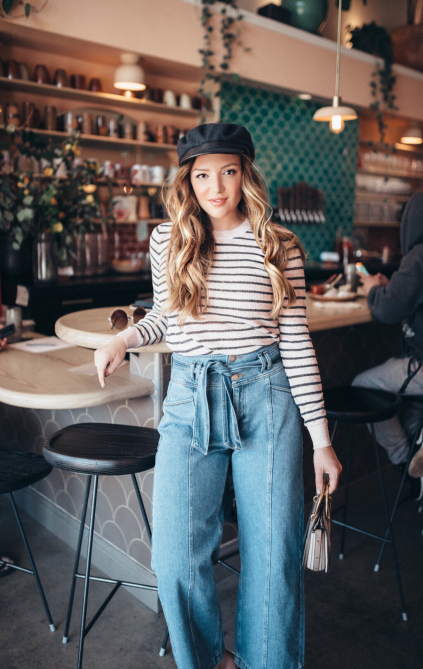 Top First Date Outfit Women