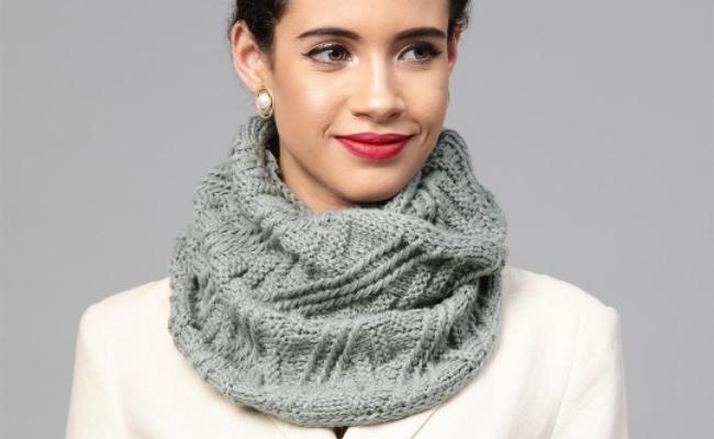 Turtleneck Way to wear scarf